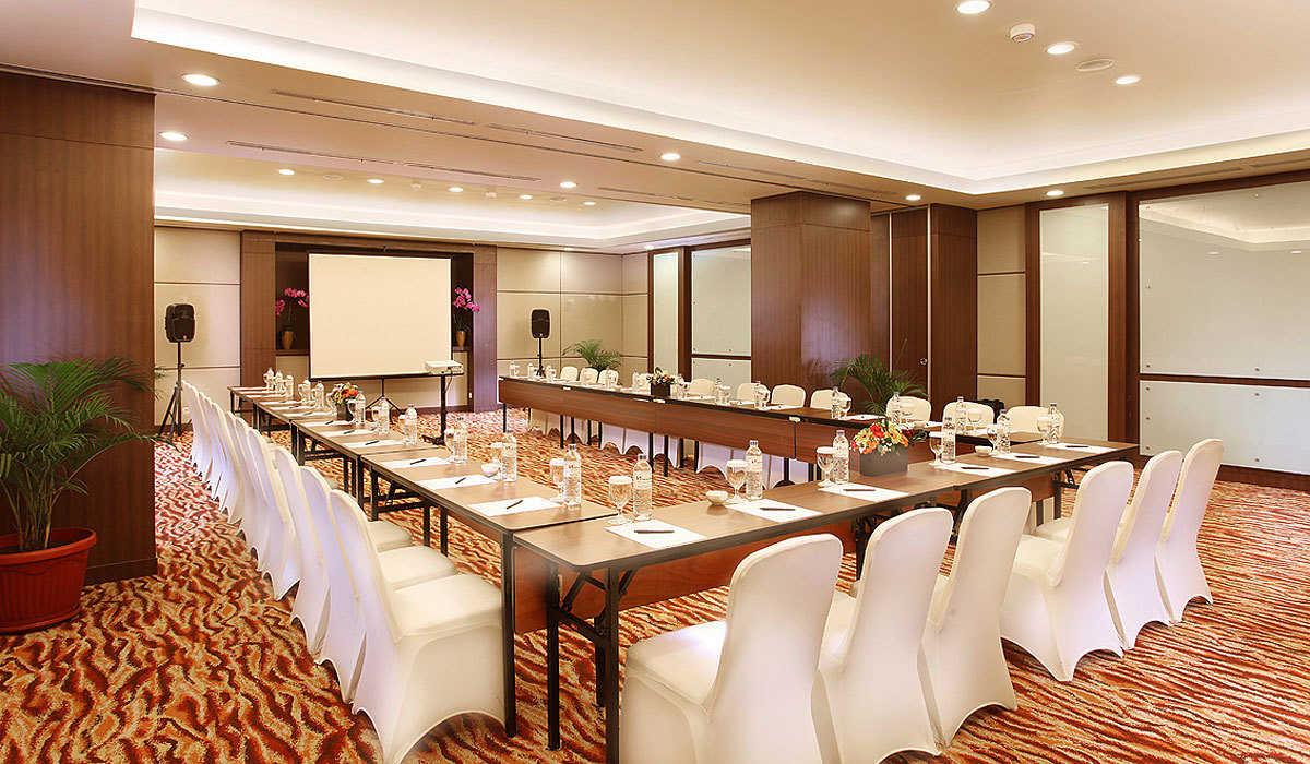 slider_5_2353_kn_LAgbLuj_Meeting-Room-U-Shape
